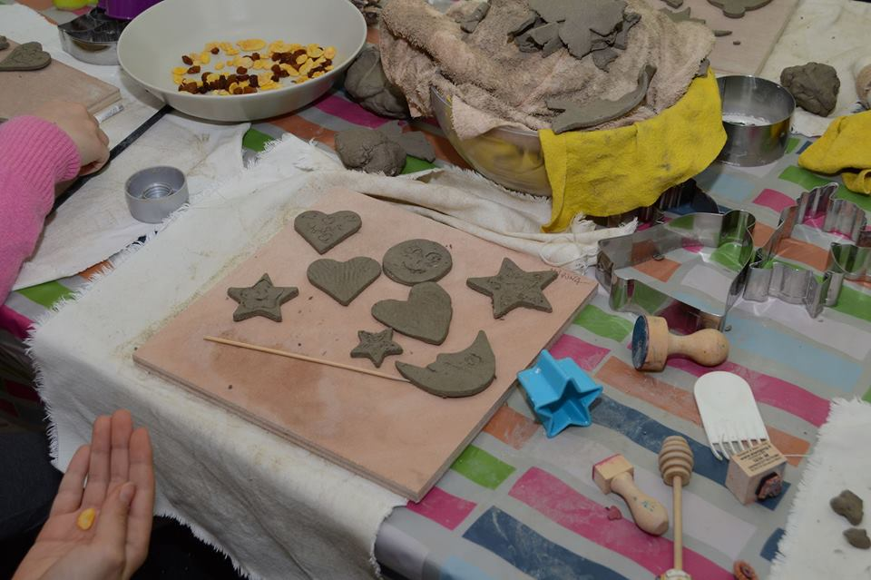 laboratorio ceramica per bambini e genitori